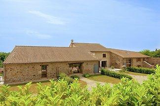 Wunderschönes Ferienhaus mit Terrasse in...