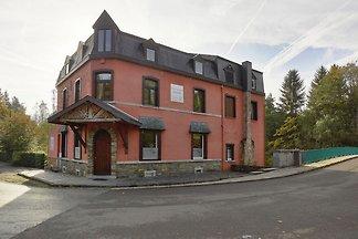Vintage Villa in Stoumont mit Sauna