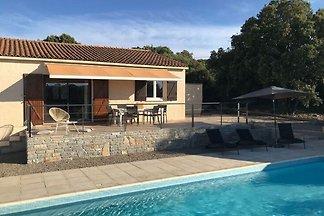 Gemütliche Villa in Argelliers mit eigenem...