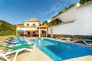 Geräumige Villa mit eigenem Pool in Costa Del...