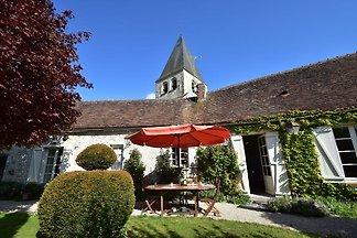 Exklusives Ferienhaus in Yevre-le-Chatel mit ...