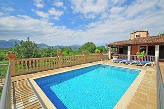 Gemütliches Ferienhaus mit Pool und Klimaanla...