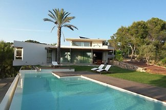 Lavish Villa in Cala Salada with Pvt.
