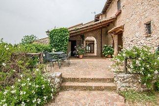 Scenic Holiday Home in Massa Martana with Pri...