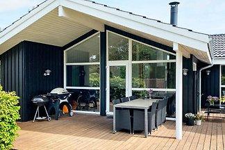 Stilvolles Ferienhaus in Hals mit eigenem...