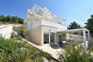 Moderne Wohnung in Kroatien mit Meerblick