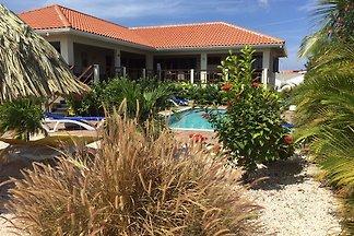 Magnifica villa con piscina a Jan Thiel