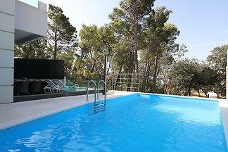 Gemütliche Villa mit eigenem Swimmingpool in...