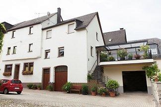Ruhiges Apartment in Ernst mit Garten