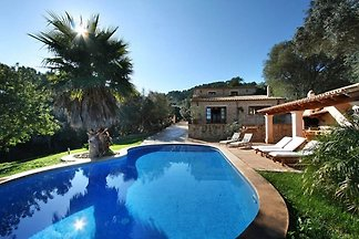 Typisch mallorquinisches Haus mit privatem Po...