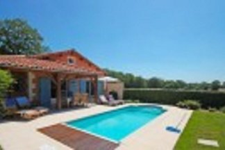 Moderne Villa mit privatem Pool in der schöne...