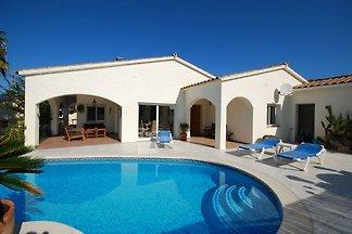 Luxuriöse Villa in der Nähe von Calonge mit...