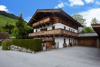Schöne Wohnung in Jochberg mit Garten und...