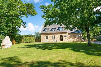Gemütliches Ferienhaus in Logonna-Daoulas in...