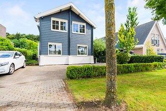 Luxusferienvilla in Harderwijk mit Jacuzzi
