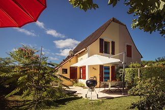 Beautiful Holiday Home in Aquitaine near the...