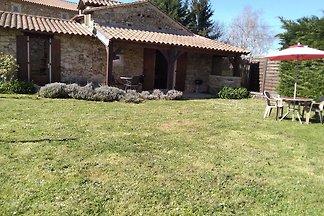 Wunderschönes Ferienhaus in Loubejac mit...