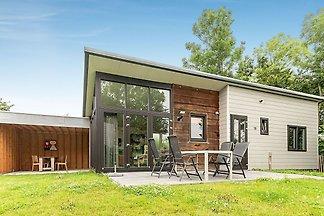 Modernes Ferienhaus für 4 Personen in einem s...