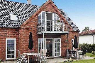 Modernes Ferienhaus in Egernsund mit Terrasse