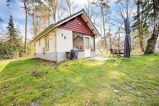 Einfaches Ferienhaus in Stramproy mit Garten