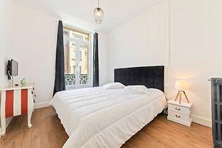 Schöne Wohnung in Vichy in der Nähe des Opern...