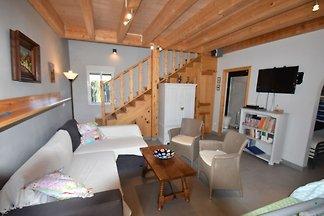 Modernes Ferienhaus in El Fondó de les Neus m...