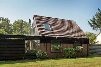 Schönes Ferienhaus in Noordwijkerhout inmitte...