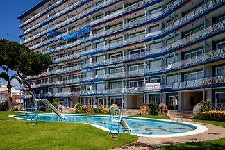 Malerische Wohnung in Canet del Mar mit Pool