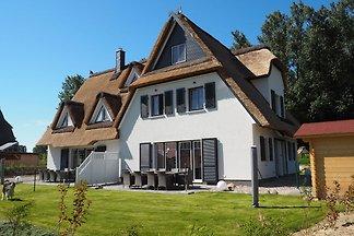 Wunderschönes Ferienhaus in Rerik mit Garten