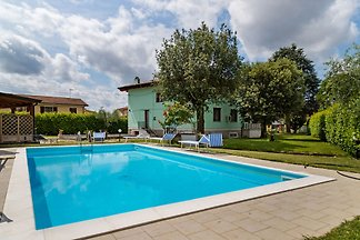 Appealing Villa in Castelfranco di Sotto with...