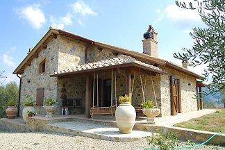 Kalm vakantiehuis in Seggiano met een sauna
