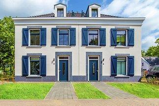 Exklusive Luxusvilla mit Jacuzzi, 4 km außerh...