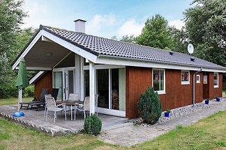 Ruhiges Ferienhaus in Dannemare mit Sauna