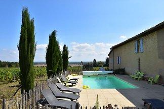 Geräumiges Landhaus mit Pool in Vinzelles