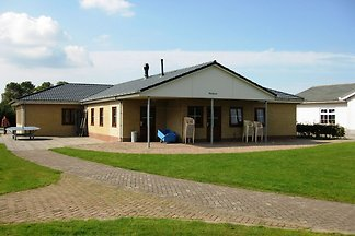 Big holiday home at 1 km from the North Sea...