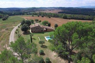 Wunderschönes Landhaus mit eigenem Swimmingpo...