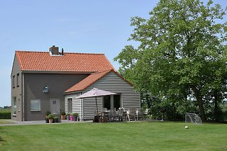 Tastefully decorated holiday home with rural ...