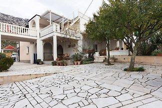 Charmantes Haus mit privater Terrasse und...