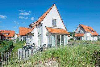 Villa mit 2 Bädern und Waschmaschine, 10 km v...