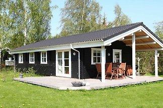 Gemütliches Ferienhaus in Skibby mit überdach...