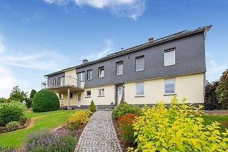 Komfortables Haus mit Garten, Terrasse und he...