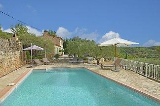 Gemütliche Villa in Seillans mit Swimmingpool