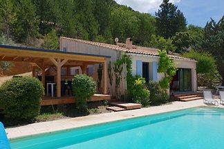 Luxuriöses Ferienhaus in Mollans-sur-Ouvèze m...