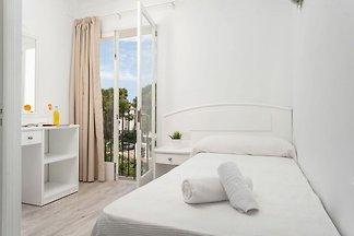 HOSTAL TALAMANCA HAB. INDIVIDUAL - Apartment ...