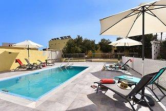Luxuriöse Villa mit Swimmingpool auf den Kana...
