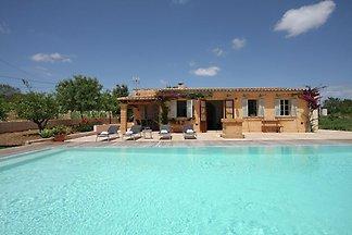 Luxuriöses Ferienhaus mit privatem Pool in Ma...