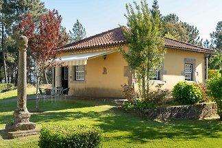 Exzellentes Cottage in Santa Comba mit...