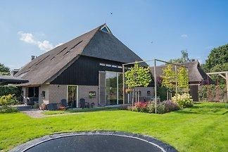 Geräumiges Bauernhaus mit eigener Terrasse in...