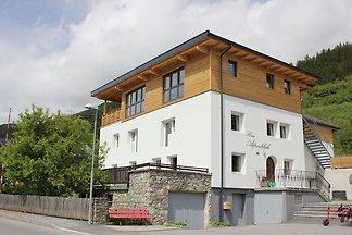 Großräumiges Ferienhaus in Wenns in...