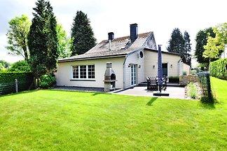Modernes Ferienhaus in La Roche-en-Ardenne mi...